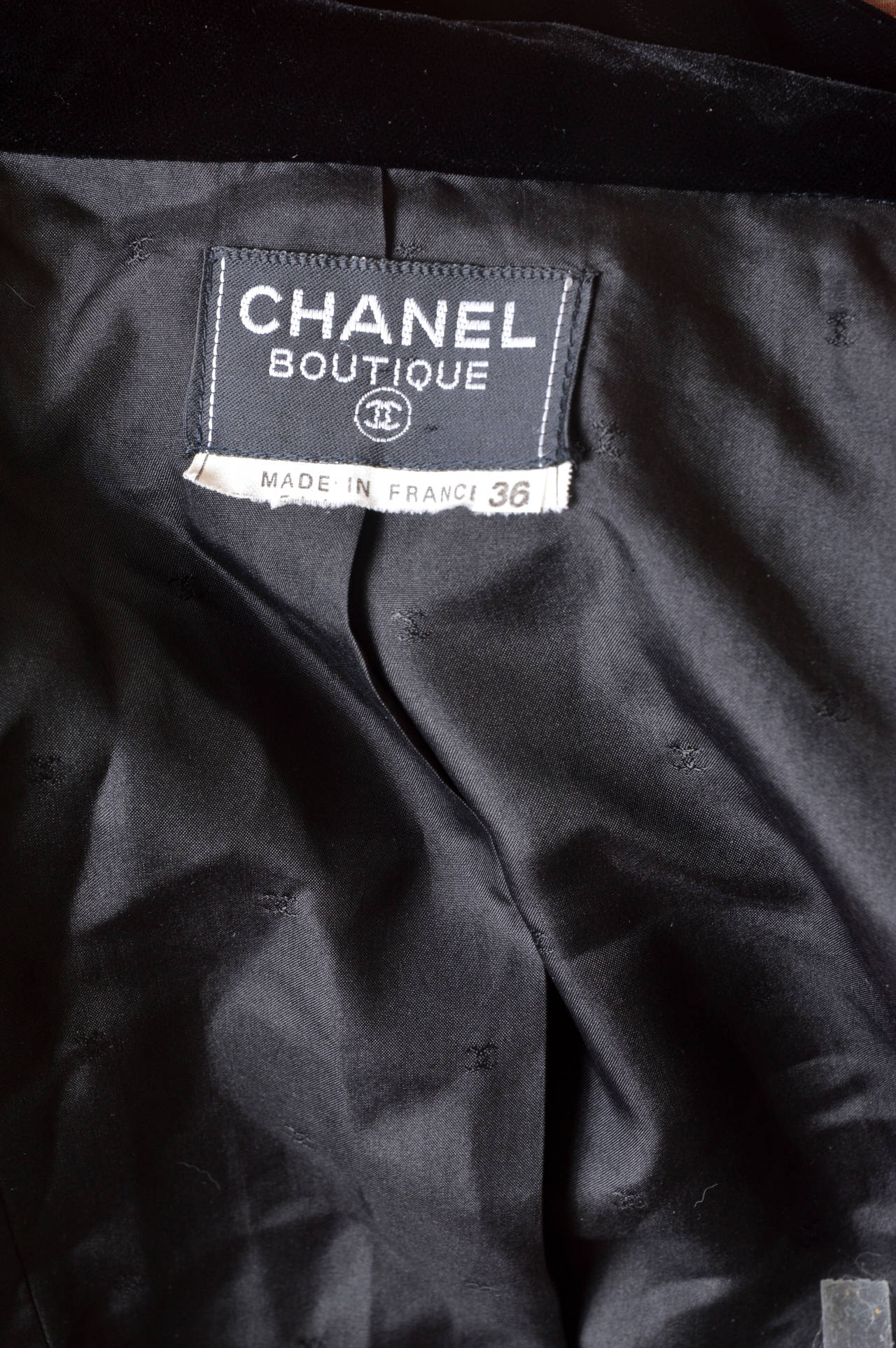 Chanel Boutique Black Velvet Formal Top 7