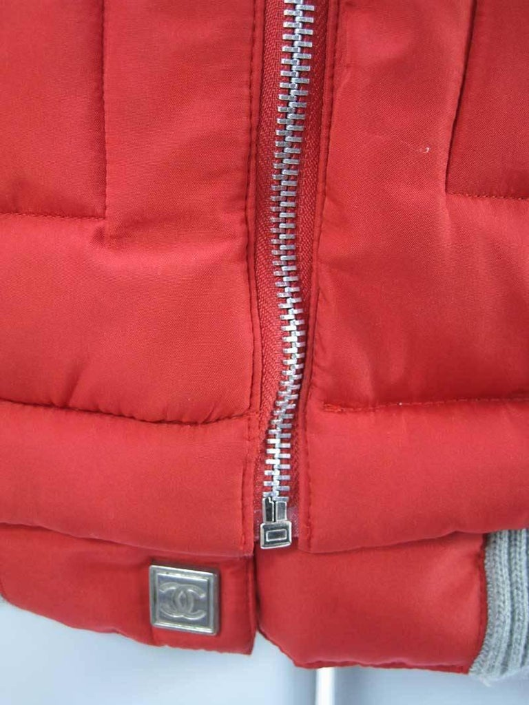 Women's or Men's Chanel Red Puffer Ski Jacket Parka For Sale
