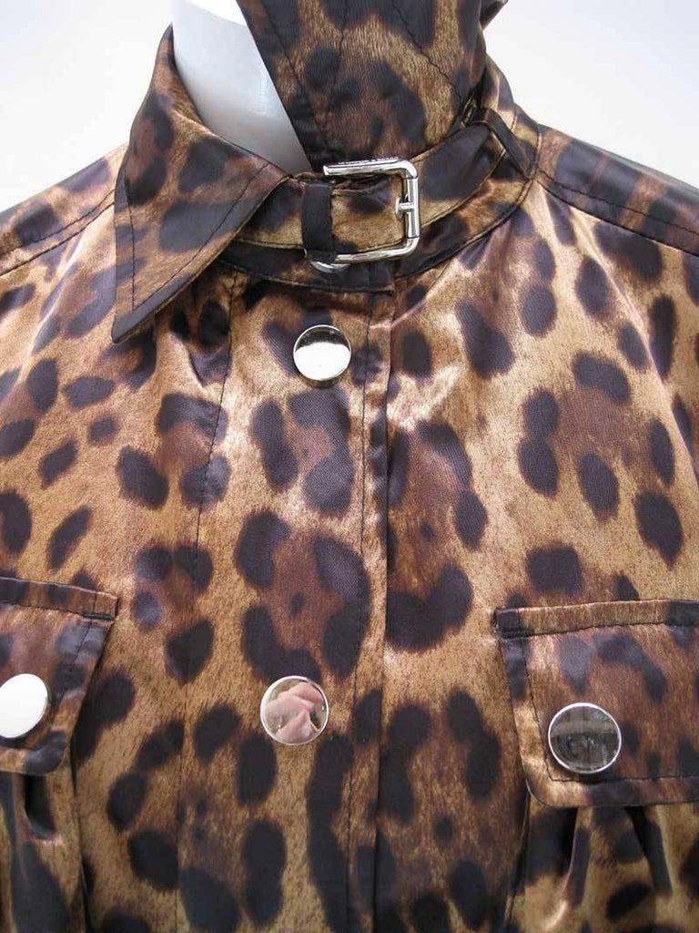 Dolce & Gabanna Leopard Print Cargo Jacket In Excellent Condition For Sale In San Francisco, CA