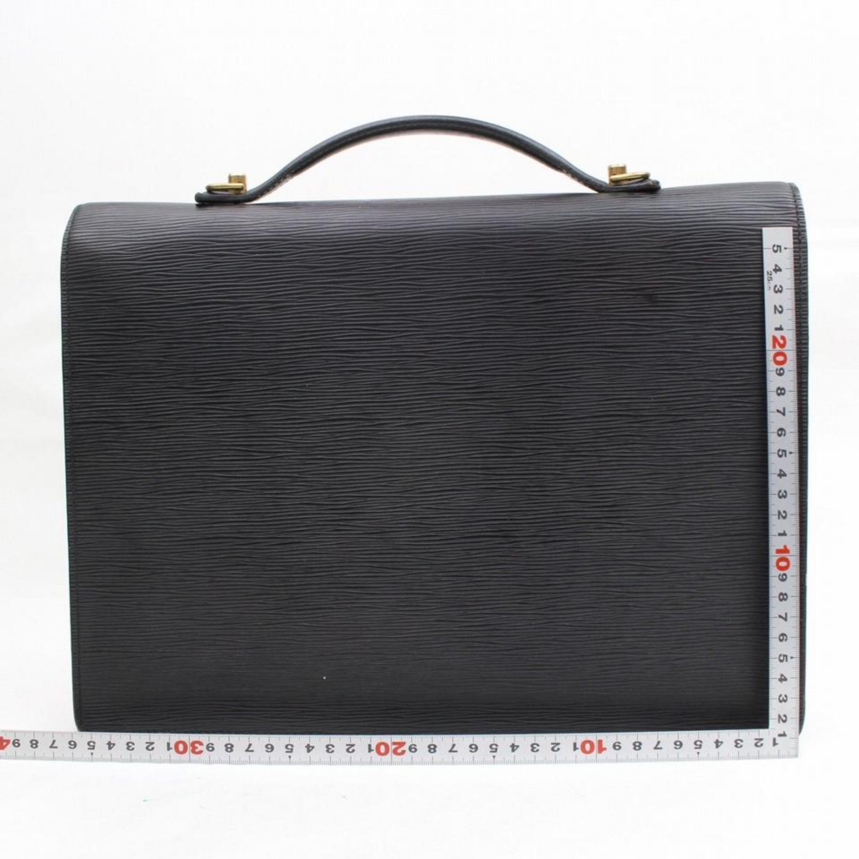 541818ba2bb42 Louis Vuitton Porte Noir Documents Bandouliere 868459 Black Leather Laptop  Bag For Sale at 1stdibs