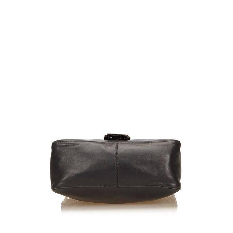 Women's Black Fendi Leather Baguette Shoulder Bag
