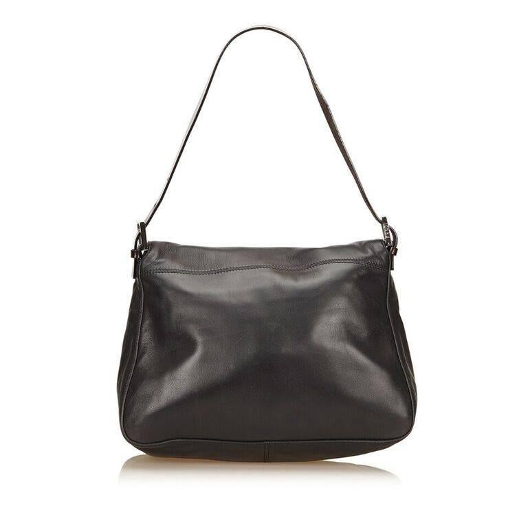 Black Fendi Leather Baguette Shoulder Bag In Good Condition In New York, NY