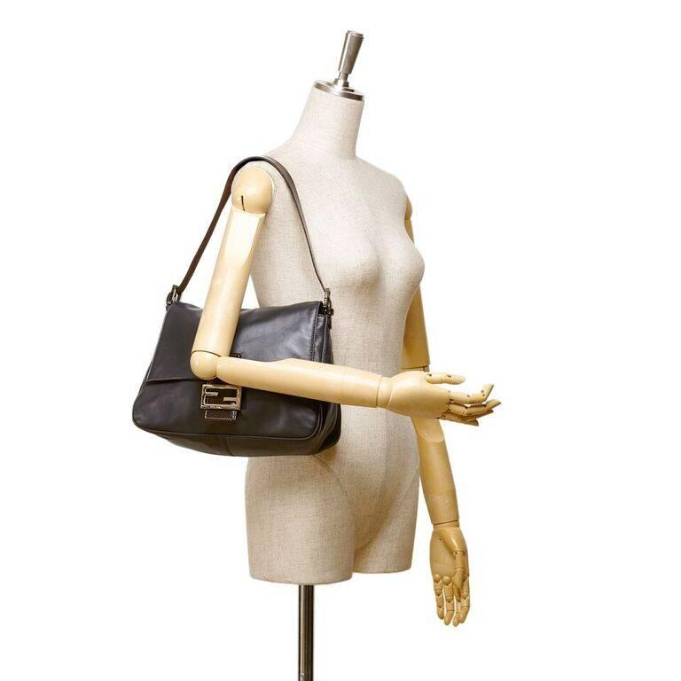 Black Fendi Leather Baguette Shoulder Bag 3