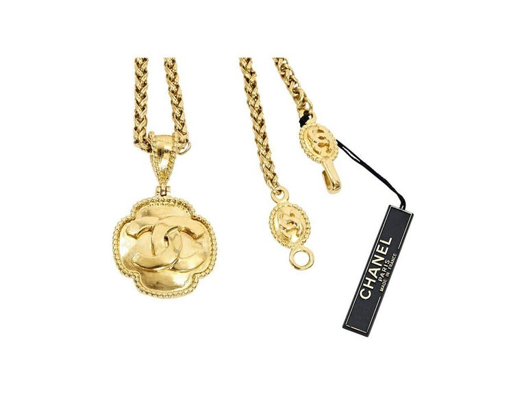 Gold Vintage Chanel Pendant Necklace In Excellent Condition For Sale In New York, NY