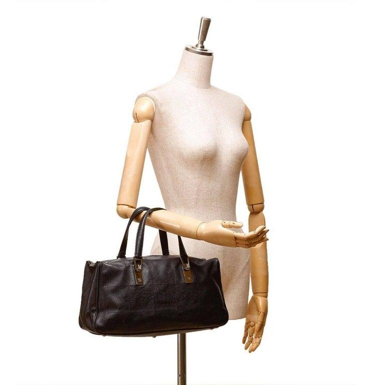 Black Chanel Caviar Leather Handbag For Sale 3