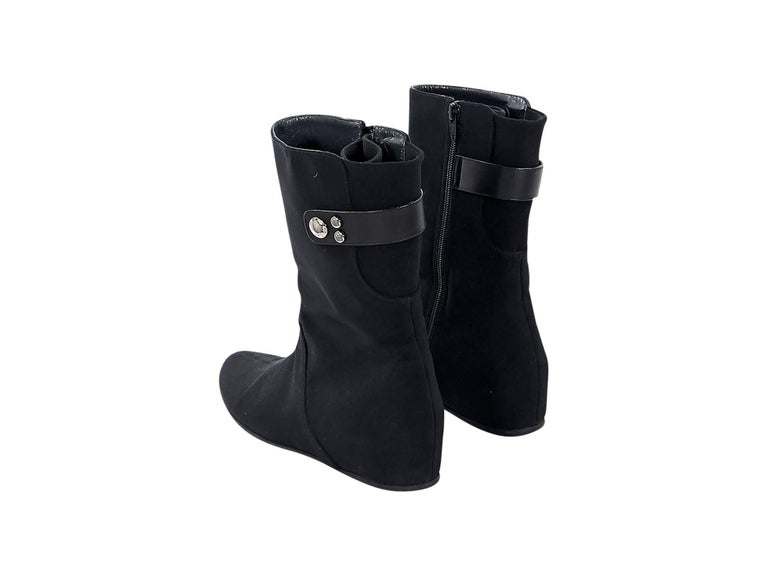 Black Stuart Weitzman Wedge Ankle Boots In Good Condition For Sale In New York, NY