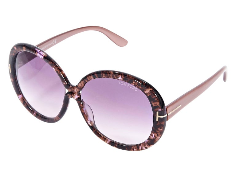 f2c6d04ec6 Pink Tom Ford Oversized Sunglasses In Good Condition For Sale In New York