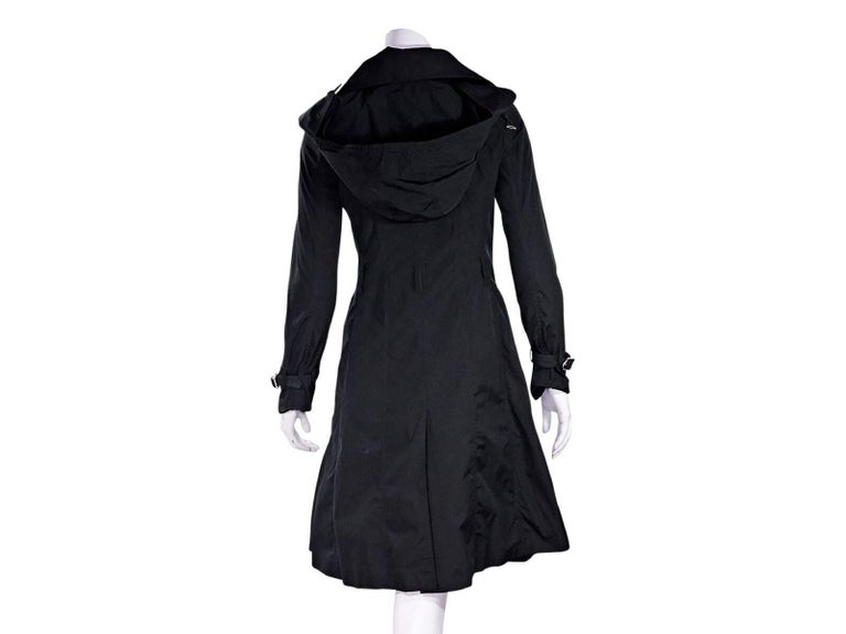 Black Burberry London Hooded Trench Coat In Good Condition For Sale In New York, NY