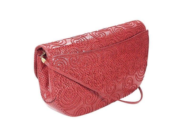 Red Vintage Judith Leiber Embossed Leather Shoulder Bag In Good Condition For Sale In New York, NY