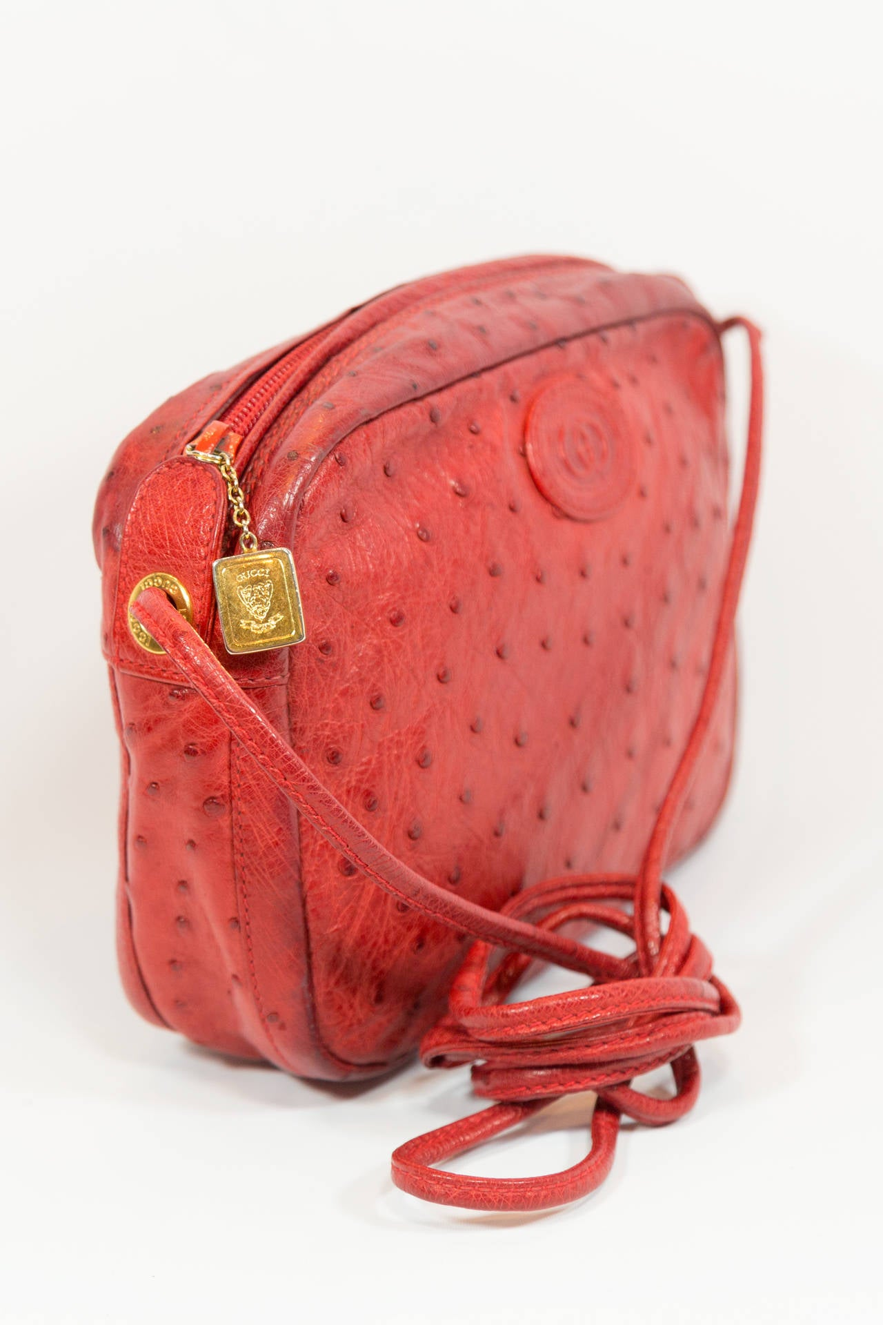 Gucci Red Vintage Ostrich Cross Body Bag In Good Condition For New York