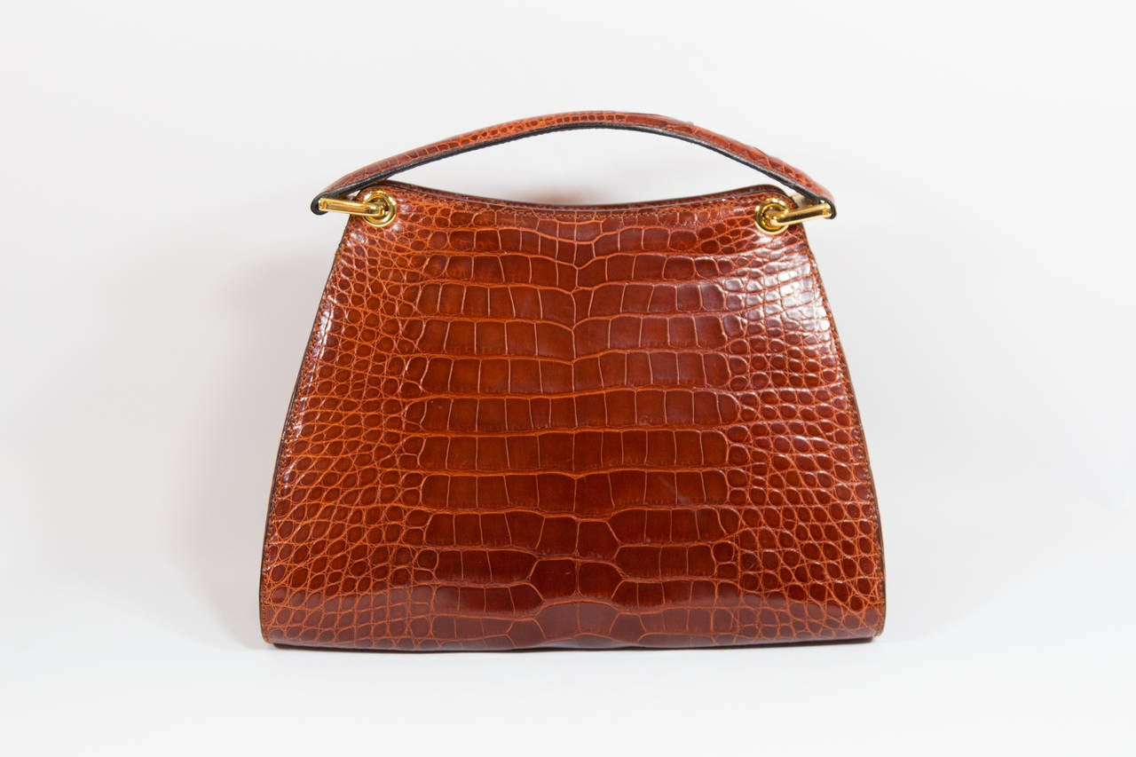 Bally Brown Embossed Alligator Handbag In Excellent Condition For Sale In New York, NY