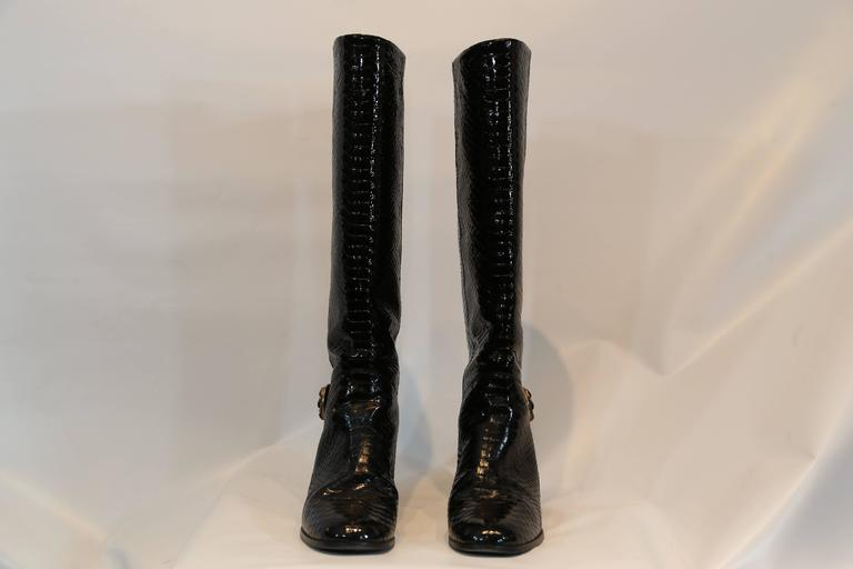 Chanel Black Python Embossed Patent Leather Boots In Excellent Condition For Sale In New York, NY