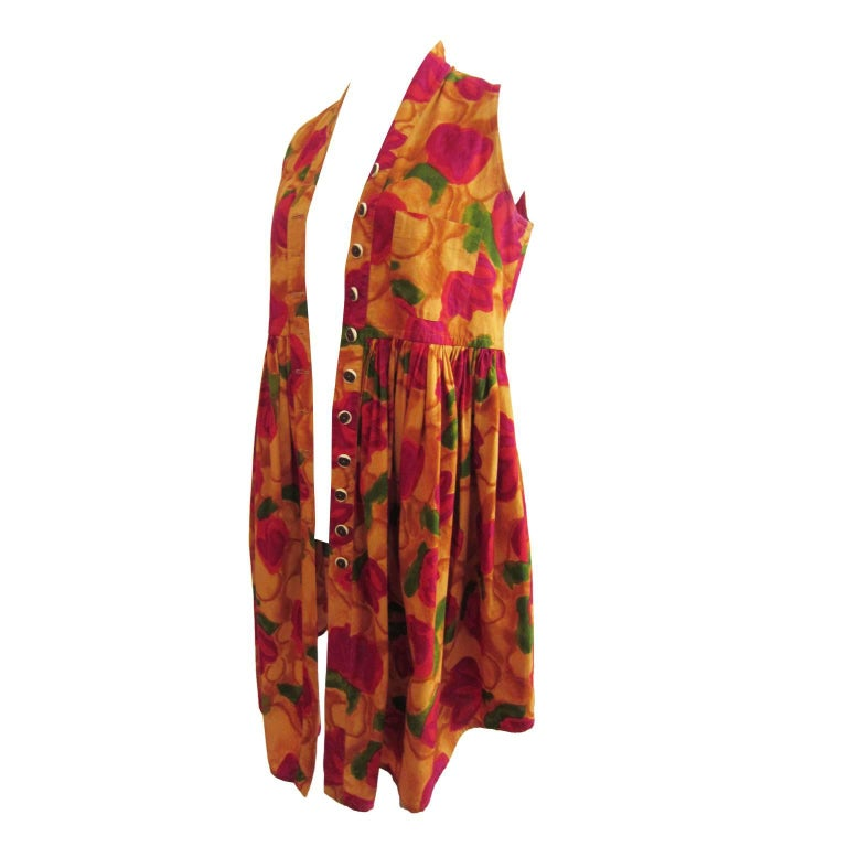 Romeo Gigli cocoon shaped gilet / mini dress from 90s. Iconic colours of flower motif print with front button closure. Size : S