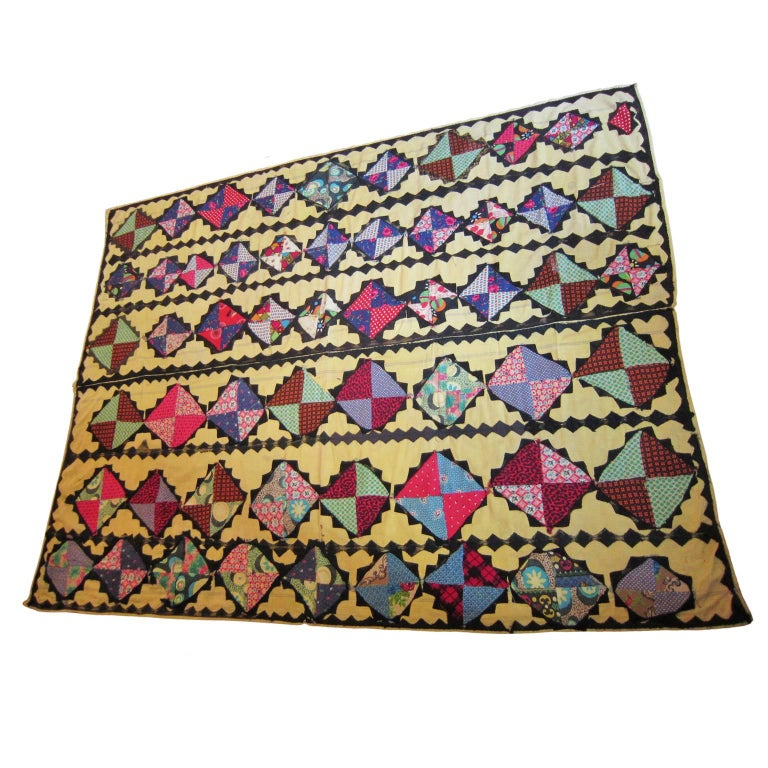 Beautifully hand worked antique orient patchwork quilt made by Turkmen from circa mid 20th century. Dimensions: 210 cm x 160 cm