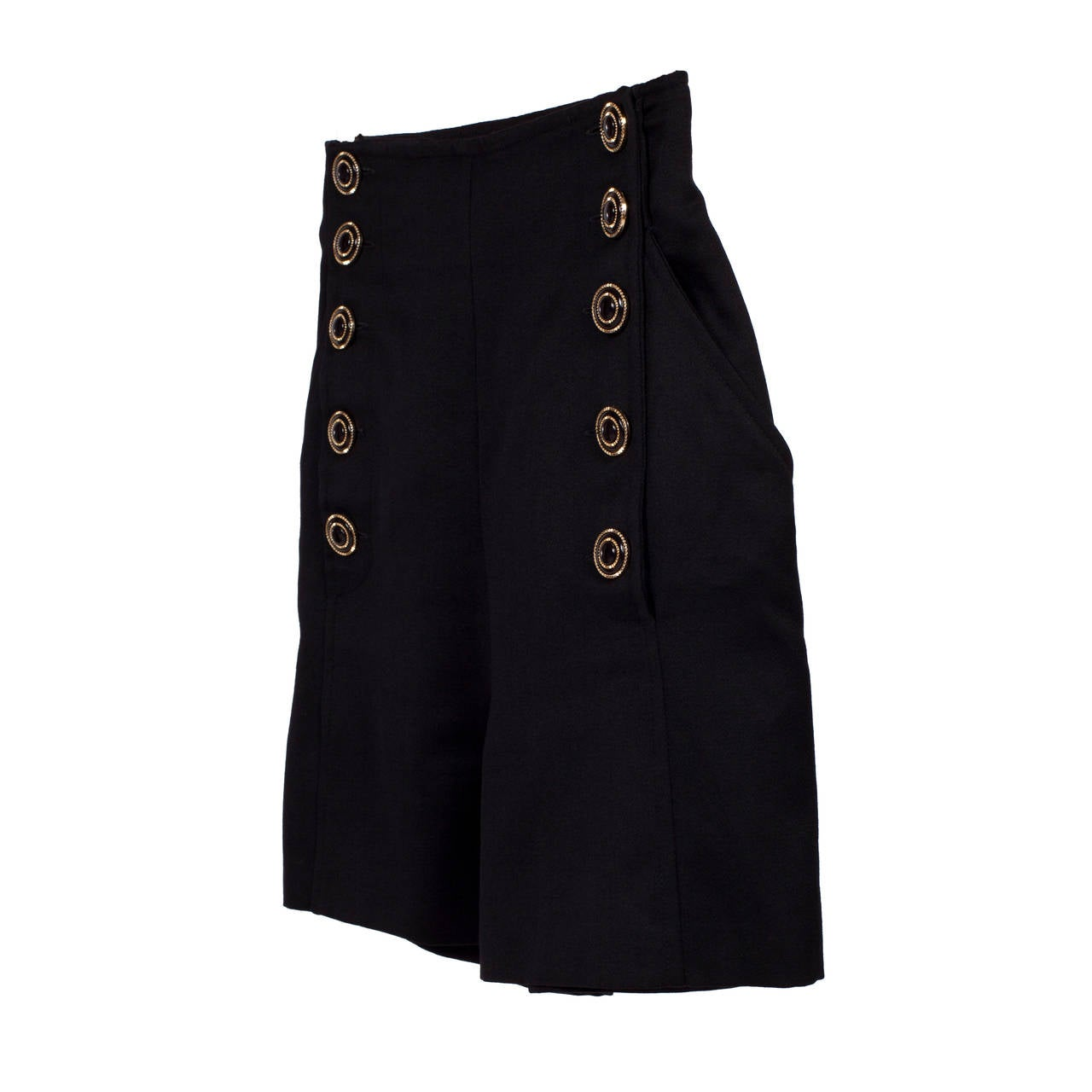 Gianni Versace / Versus High waisted shorts in black with buttons closure. Sz : 40 Italian  Material : Wool / Viscose