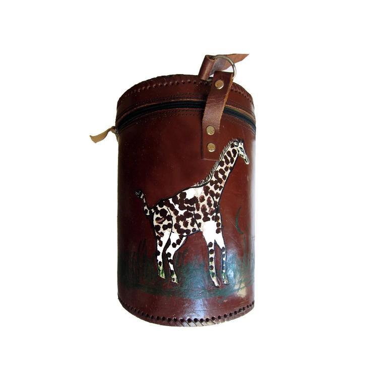 1stdibs African Hand Painted Giraffes Bucket Bag ptKE2