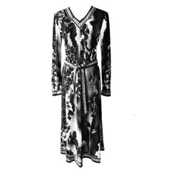 Black And White Photo Negative Lilies Floral Print Dress 1970s