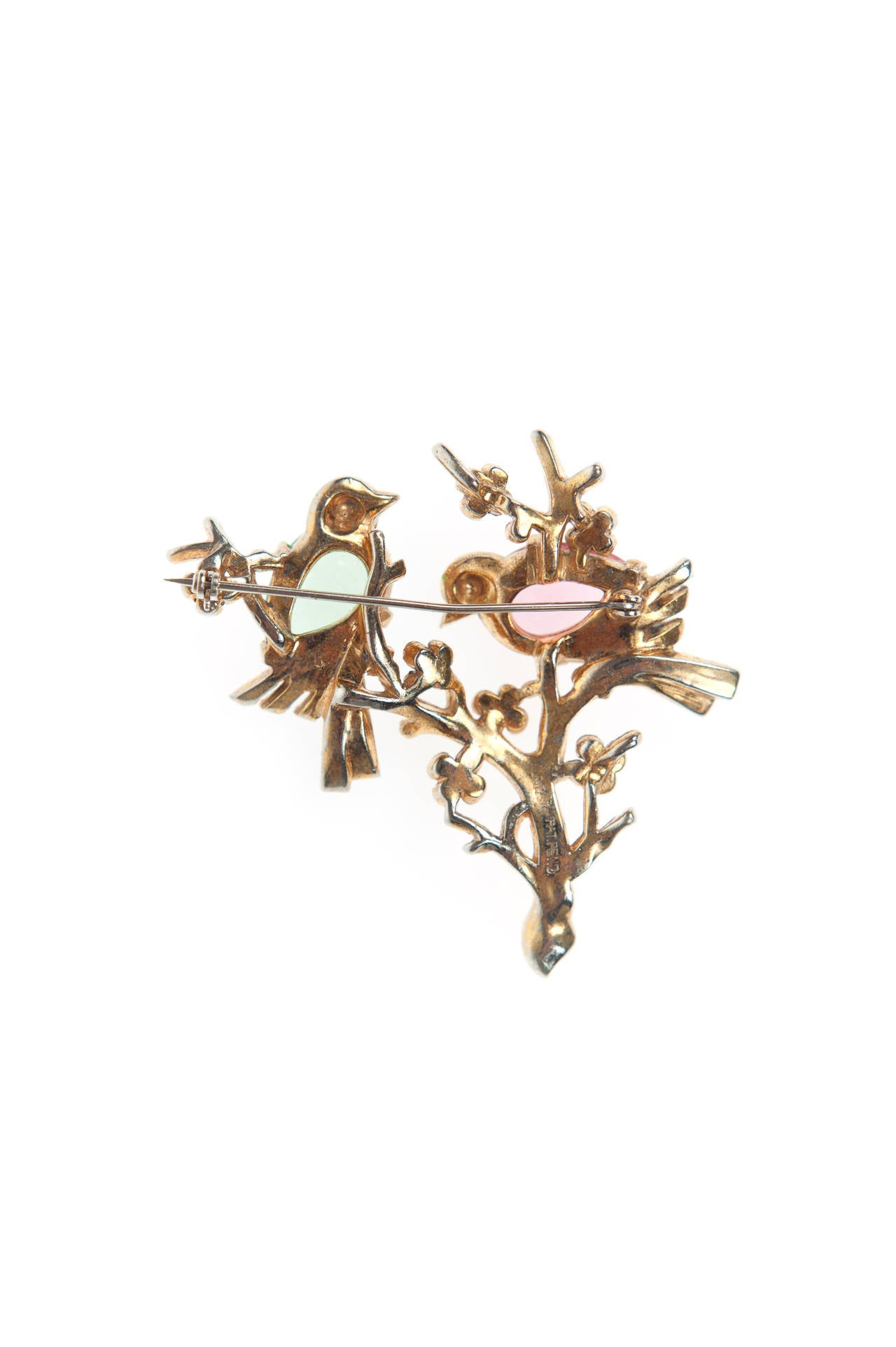 2 doves vintage brooches silhouette