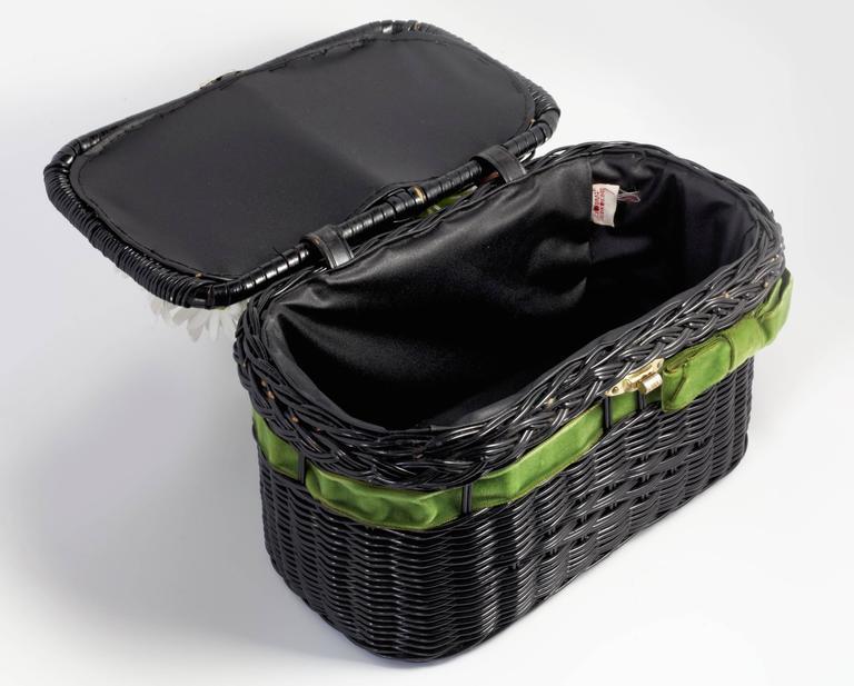 """Vintage """"Basket of Daisies"""" Novelty Bag 3"""