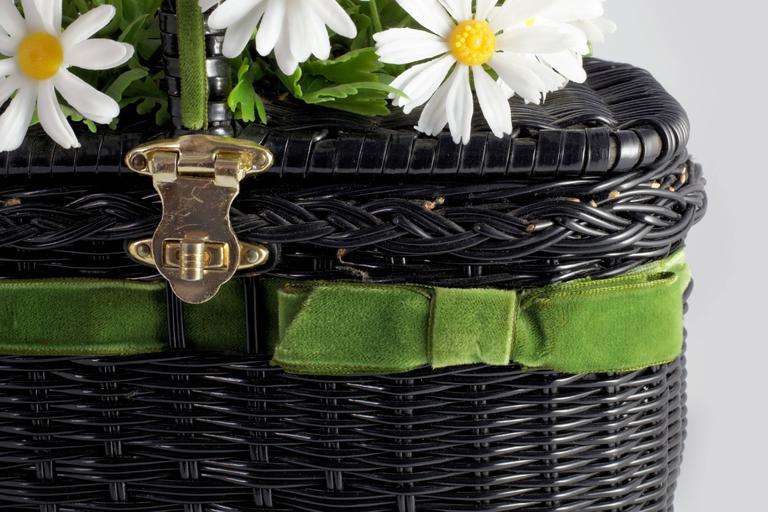 """Vintage """"Basket of Daisies"""" Novelty Bag 4"""