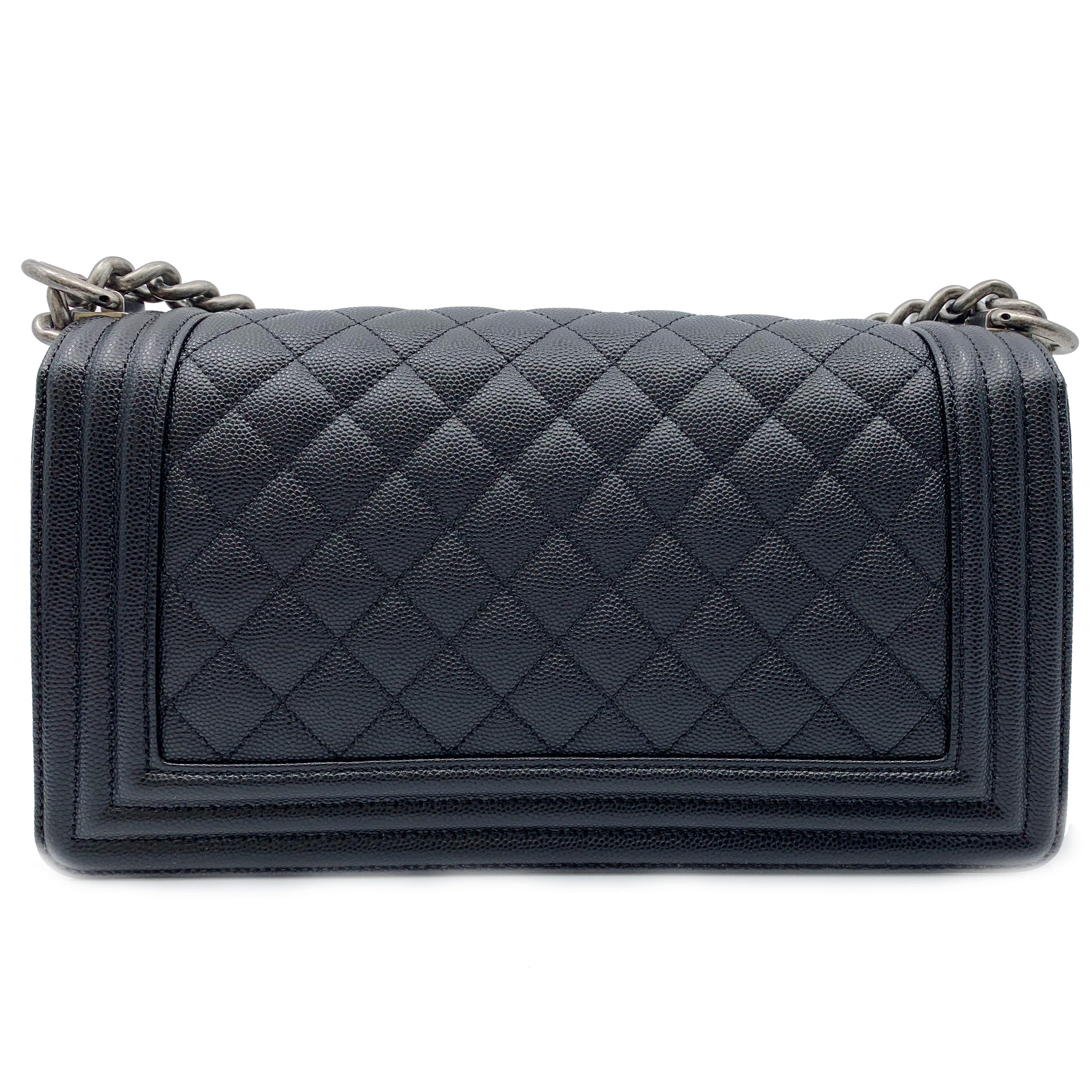6218c640f01929 Chanel Boy Ruthenium Finish Medium Black Quilted Leather Bag A67086 Y83338  94305 For Sale at 1stdibs