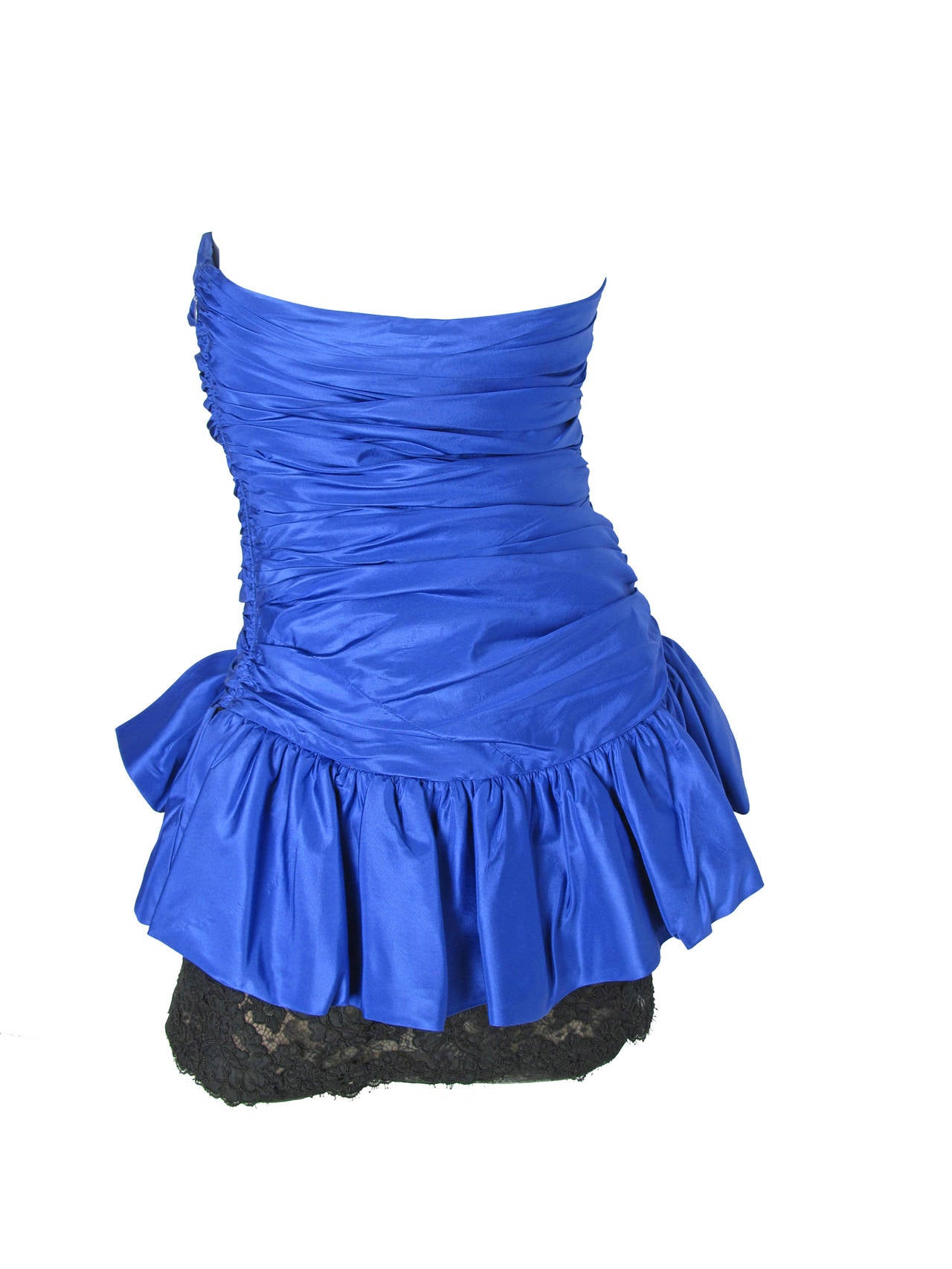 Blue Oscar de la Renta blue taffeta and black lace strapless dress For Sale