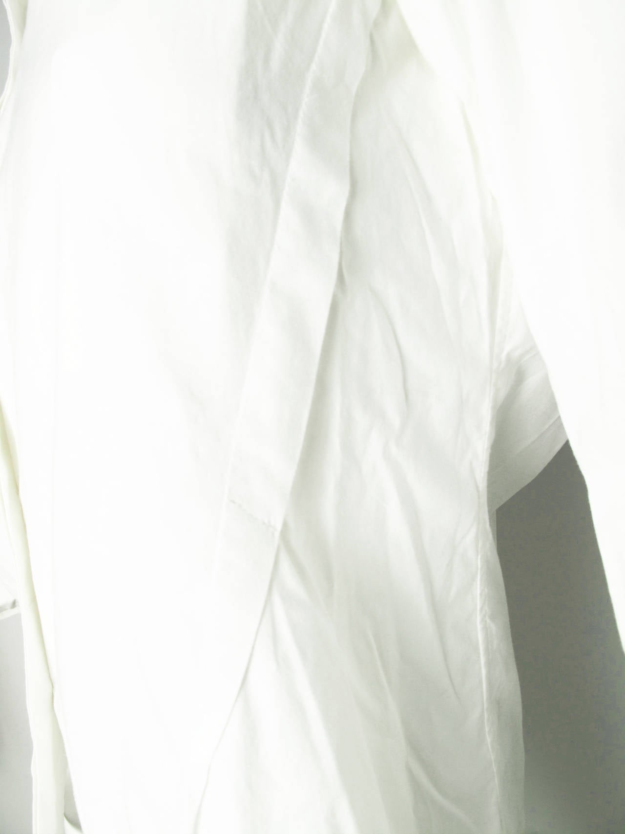 Issey Miyake White Button Down Shirt In Excellent Condition For Sale In Austin, TX