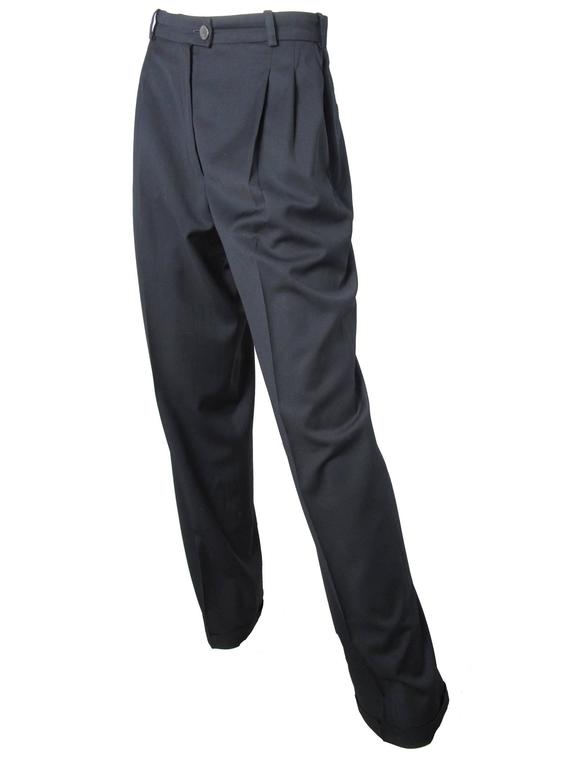 Chanel Black Trousers In Excellent Condition For Sale In Austin, TX