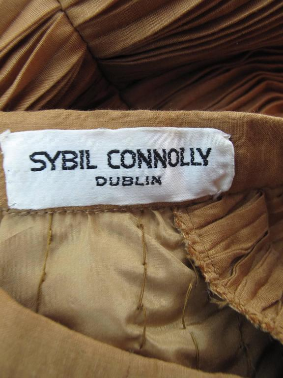 Women's Sybil Connolly Irish Linen Pleated Suit, 1960s  For Sale