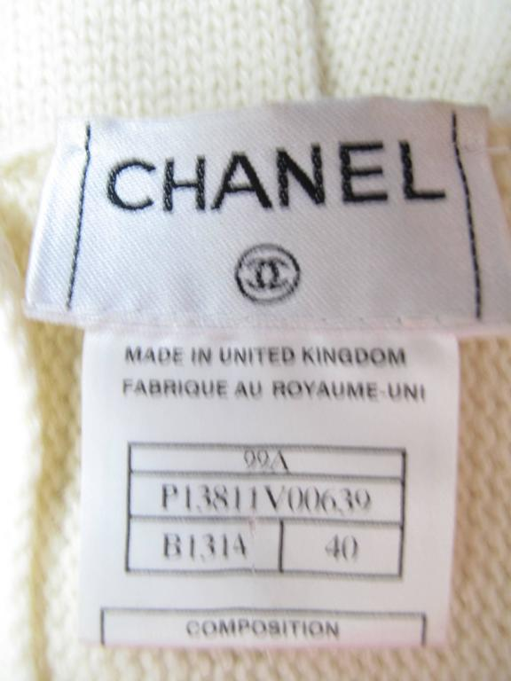 Women's Chanel Cashmere Sweater  For Sale