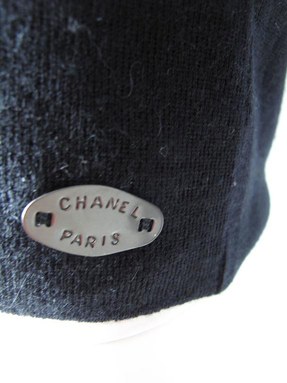Women's Chanel Black Cashmere Silk Scoop Neck Sweater  For Sale