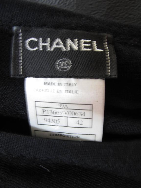 Chanel Black Cashmere Silk Scoop Neck Sweater  For Sale 1