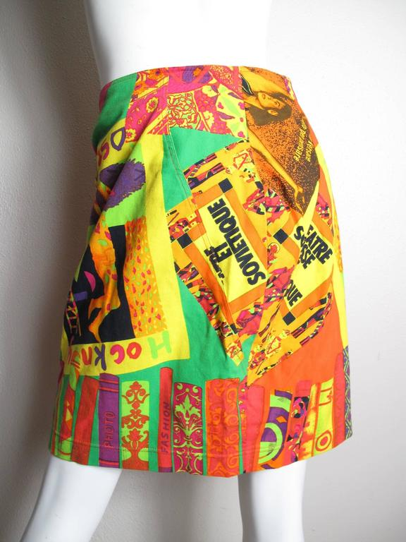 Istante Versace printed skirt.  Condition: Excellent. Cotton and elastic fabric.  Size 44. 