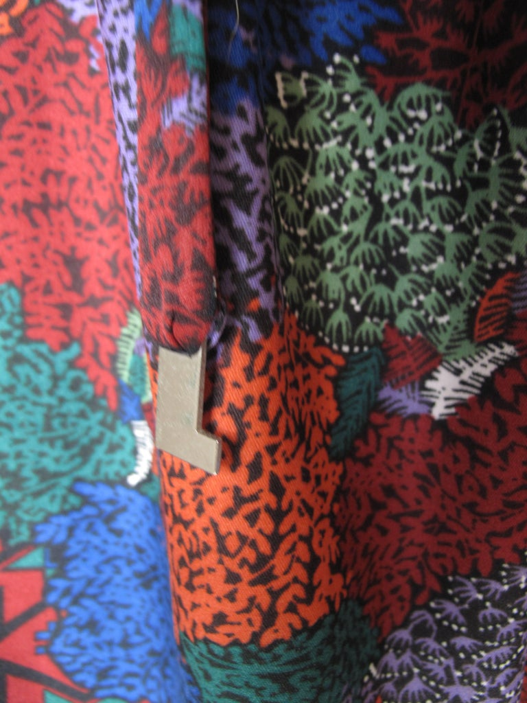 1970s Lanvin printed dress with belt. Condition: Very good.  Size