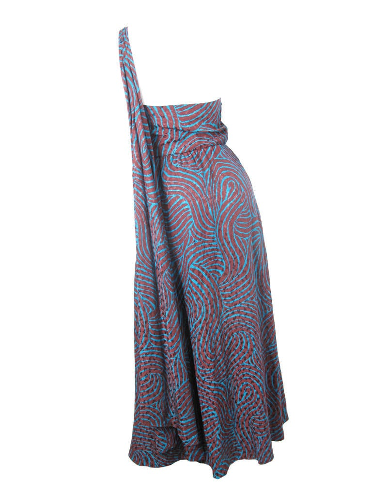 Rare Yves Saint Laurent one shoulder silk gown - sale 4