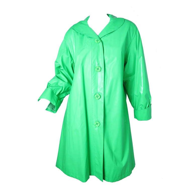 1970s Ilie Wacs bright green raincoat 1