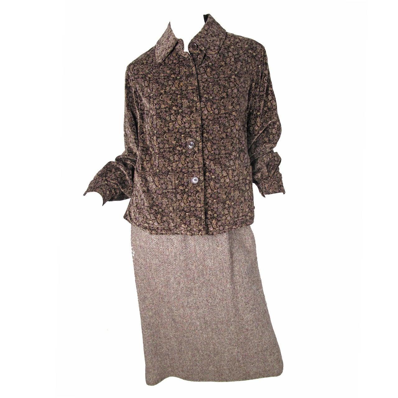 1970s Oscar de la Renta Velvet Jacket and Wool Skirt For Sale