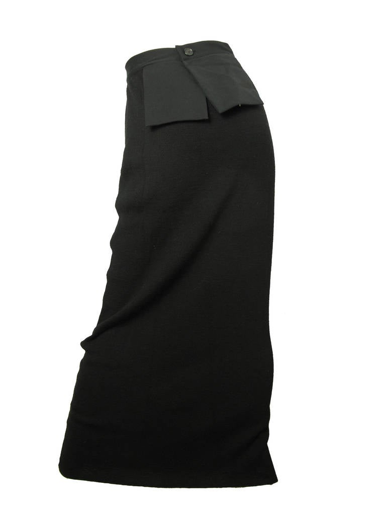 Yohji Yamamoto long skirt with exterior pockets - sale In Excellent Condition For Sale In Austin, TX