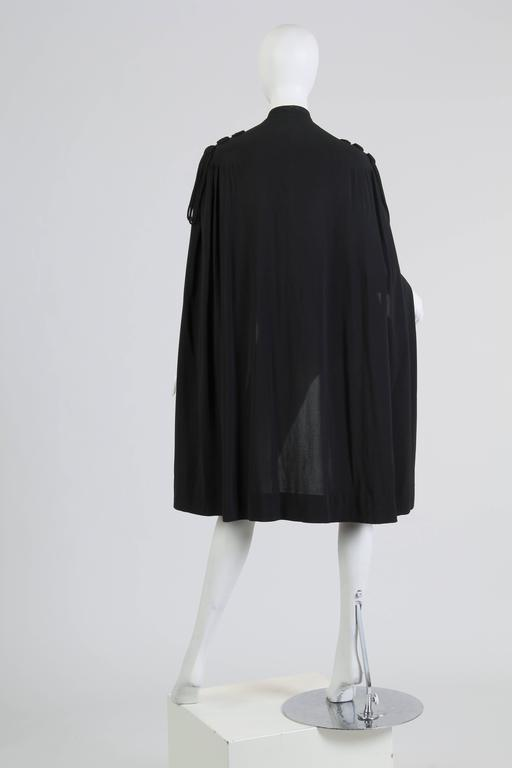 1930s Crepe Cape In Excellent Condition For Sale In New York, NY