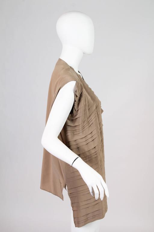 Women's Gianfranco Ferre Minimalist Pleated Silk Vest For Sale