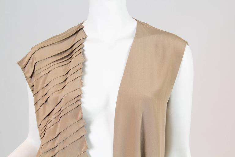 Gianfranco Ferre Minimalist Pleated Silk Vest For Sale 3