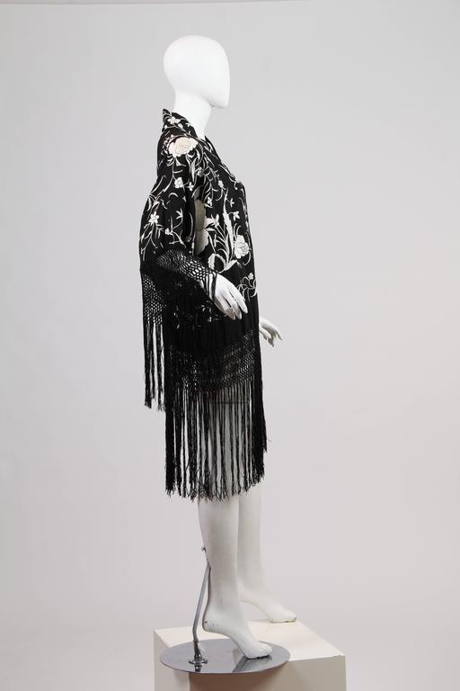 Fringed Kimono made from Antique Piano Shawl In Excellent Condition For Sale In New York, NY