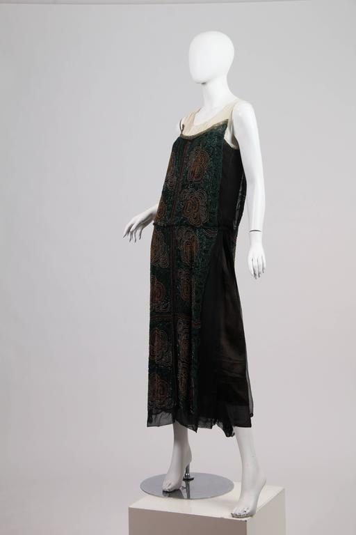 1920s ArtDeco Beaded Dress In Excellent Condition For Sale In New York, NY