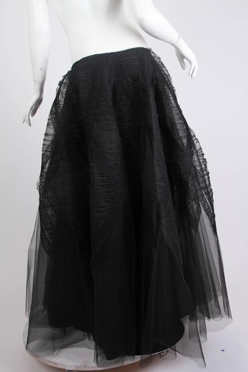 1940s Tule and Chantilly Lace Ball Skirt In Excellent Condition For Sale In New York, NY