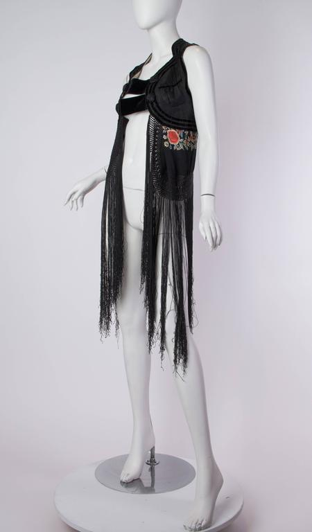 Fantastic Edwardian Silk Vest with Chinese Embroidery and Hand Knotted Fringe In Excellent Condition For Sale In New York, NY