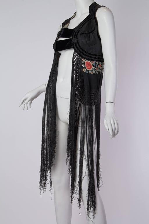 Fantastic Edwardian Silk Vest with Chinese Embroidery and Hand Knotted Fringe For Sale 2