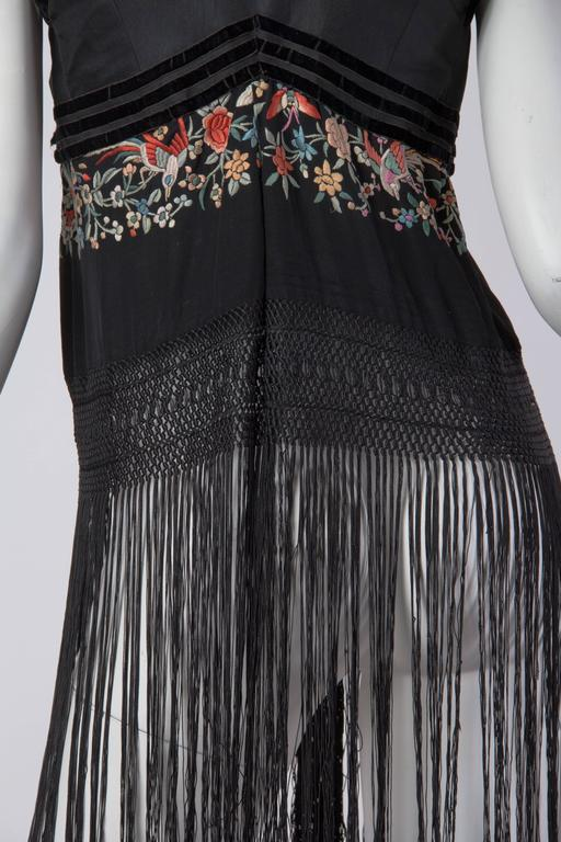 Fantastic Edwardian Silk Vest with Chinese Embroidery and Hand Knotted Fringe For Sale 5
