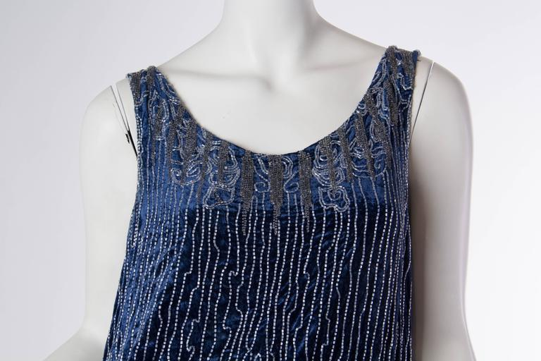 1920s Silk Velvet Dress Beaded with Erté Stylized Wisteria  4