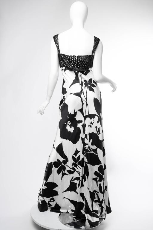 Floral Bias Cut Naeem Khan Beaded Gown  For Sale 3