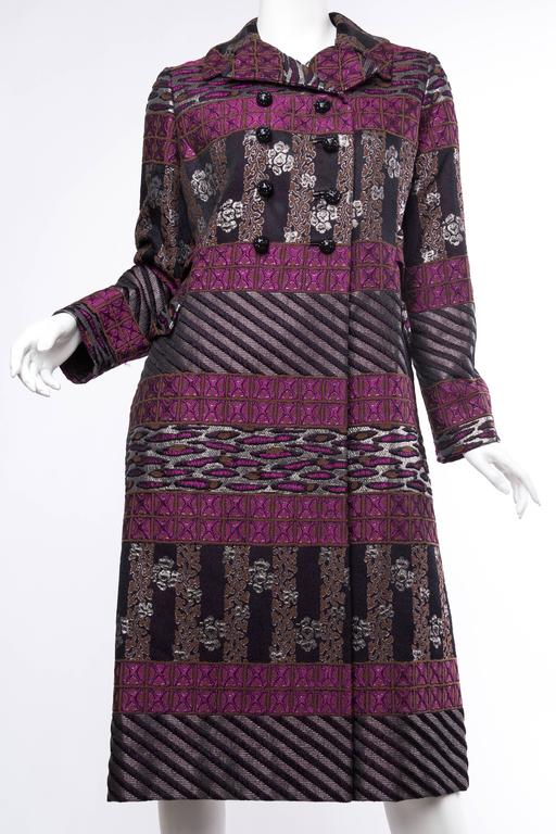 1960s Mr Blackwell Damask Evening Opera Coat In Excellent Condition For Sale In New York, NY